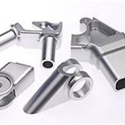 How to maintain the spindle of Dongguan CNC machining machine