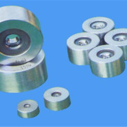 What are the processing procedures for imported CNC lathes